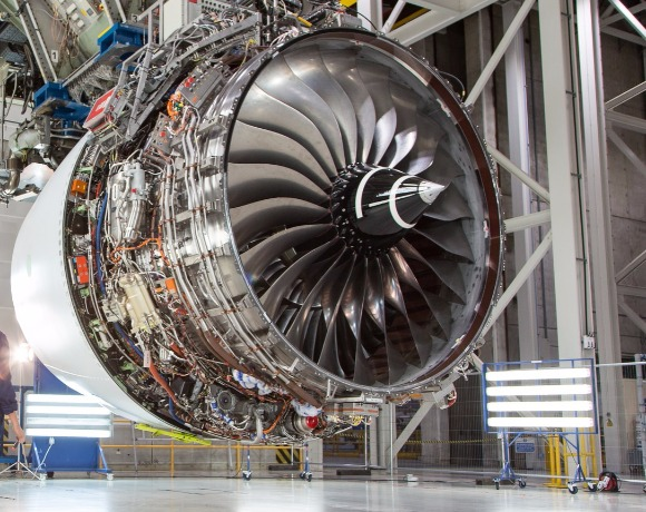 Engine trouble: Are airlines paying too much for hourly maintenance deals?